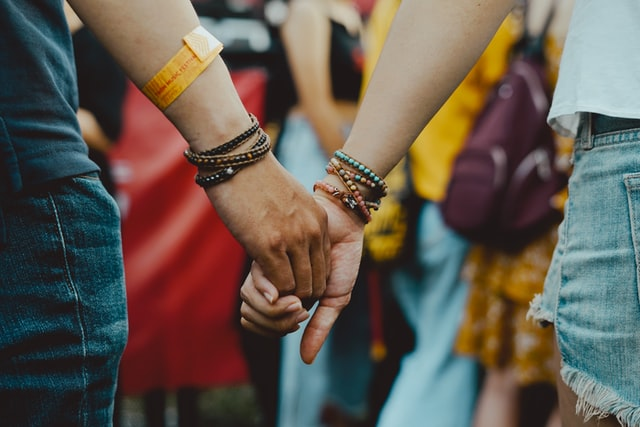Bijoux pour couple : lequel choisir et à quelle occasion l'offrir ?